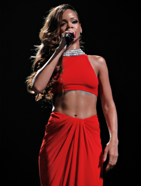 Rihanna_Diamonds_World_Tour_2013_(Cropped).png
